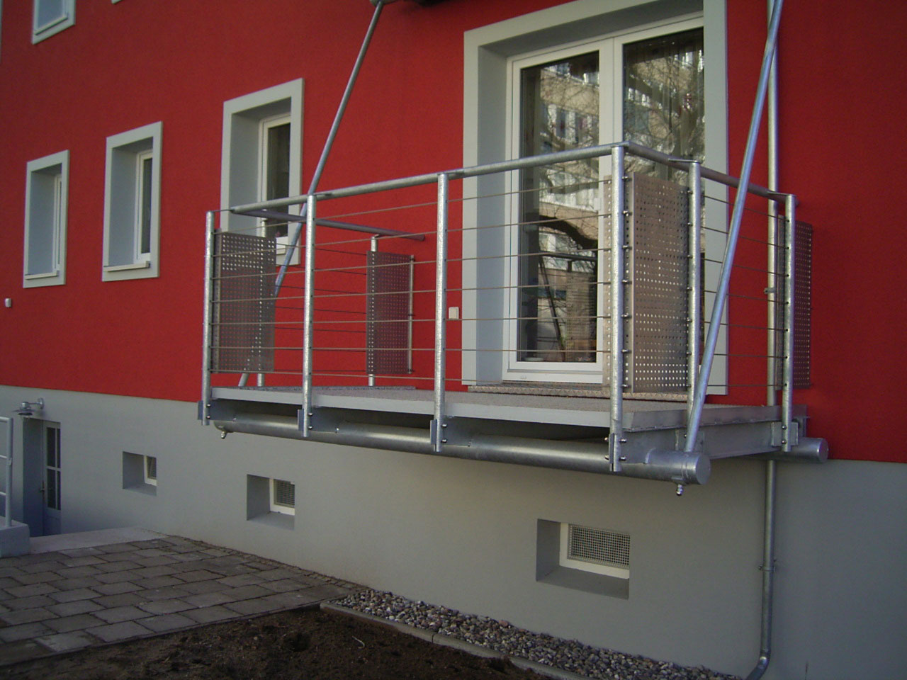 mineralit freitragende Balkonbodenplatte