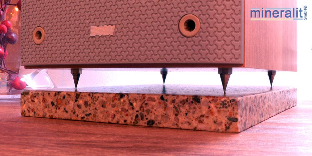 Lautsprecherunterlage-aus-mineralguss