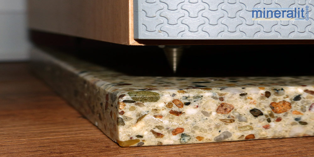 Lautsprecherunterlagen-aus-mineralit