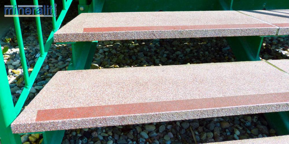 freitragende Treppenstufen für den Außenbereich