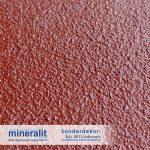 Sonderdekor für Plattenelemente aus Mineralit - Rotbraun mit erhöhter Rutschfestigkeit