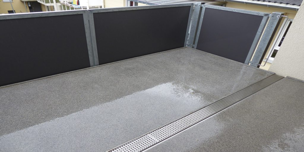 mineralit balkonbelag wasserdicht verschlei frei individuell anpassbar. Black Bedroom Furniture Sets. Home Design Ideas