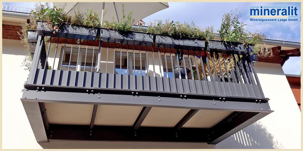 Balkonbelag freitragend und großformatig