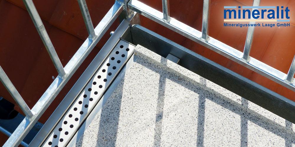 Entwässerung Balkon mit angegossener Rinne