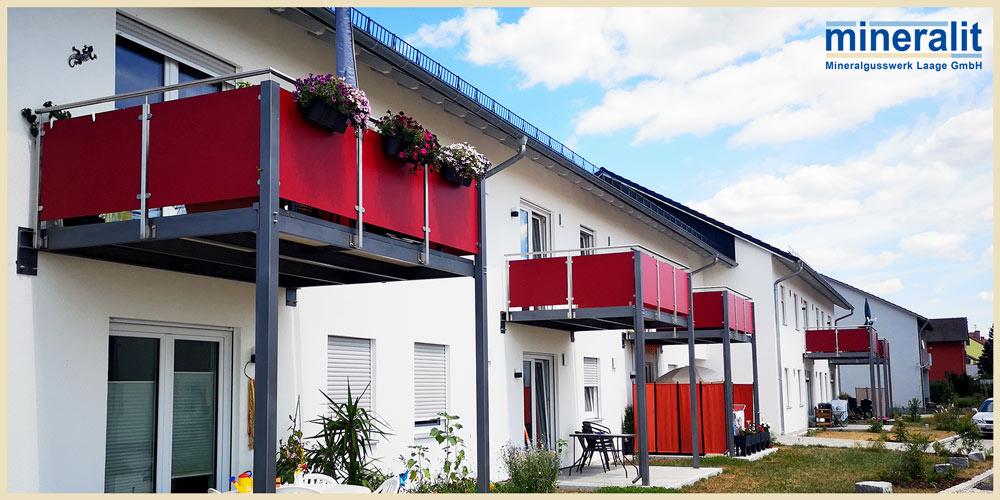 vorgestellte-Balkonanlagen-mit-freitragenden-Balkonplatten